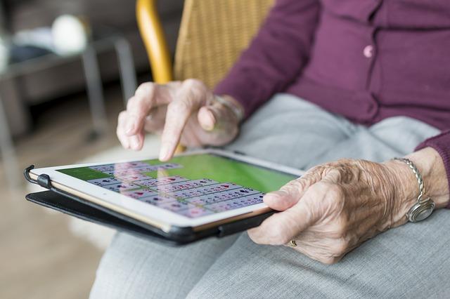senior a tablet