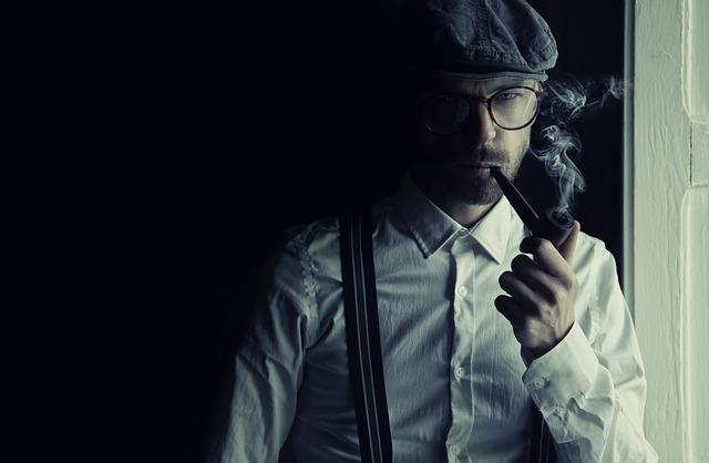 detektiv s dýmkou