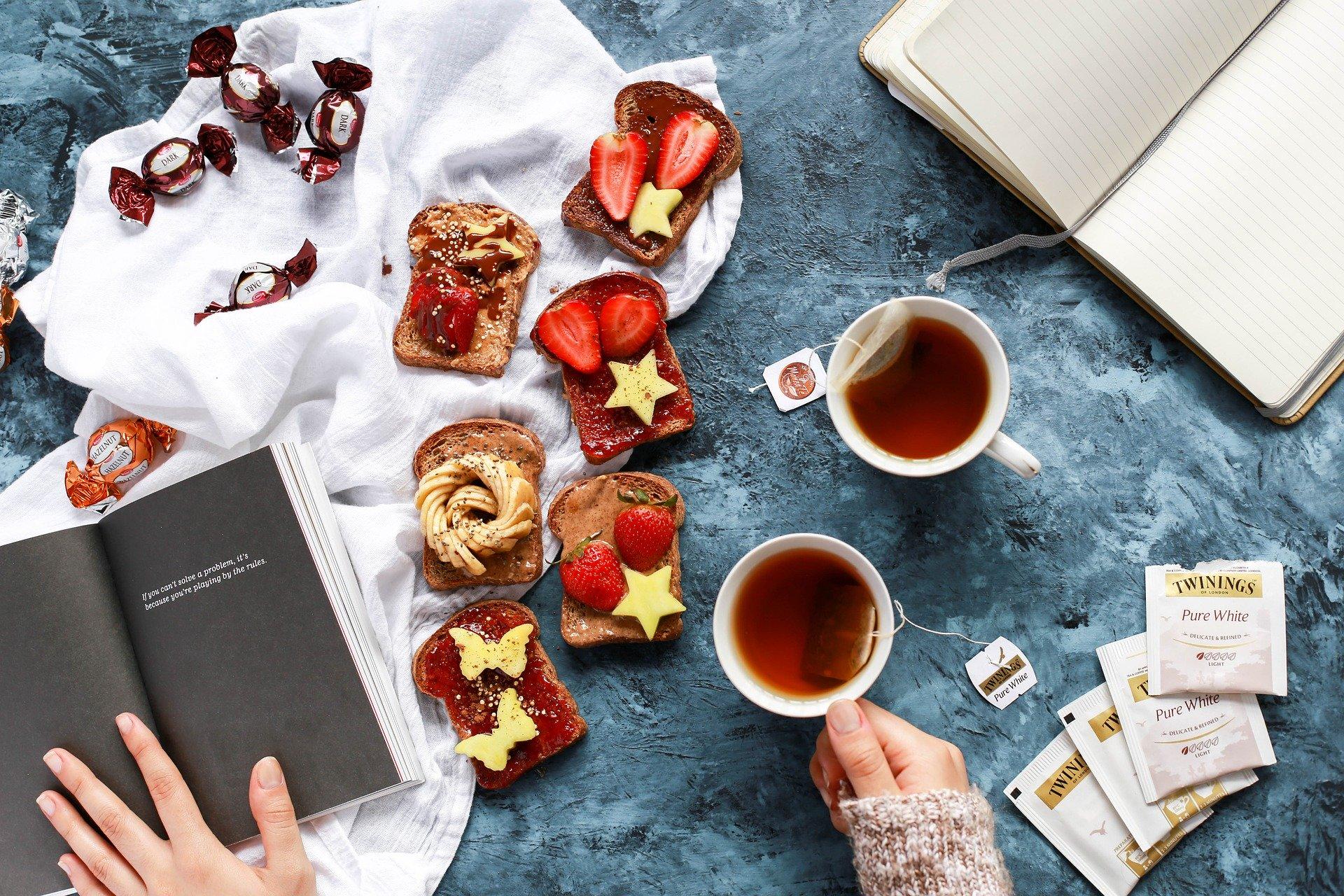 snídaně a ča